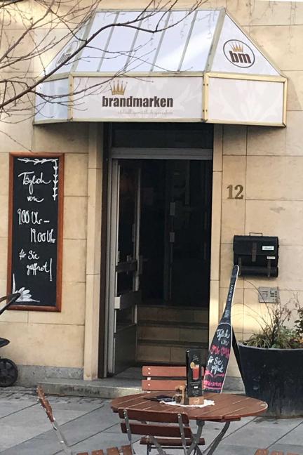 Sonntag 01.12.2019 – Brandmarken Café (Saalstraße 12)