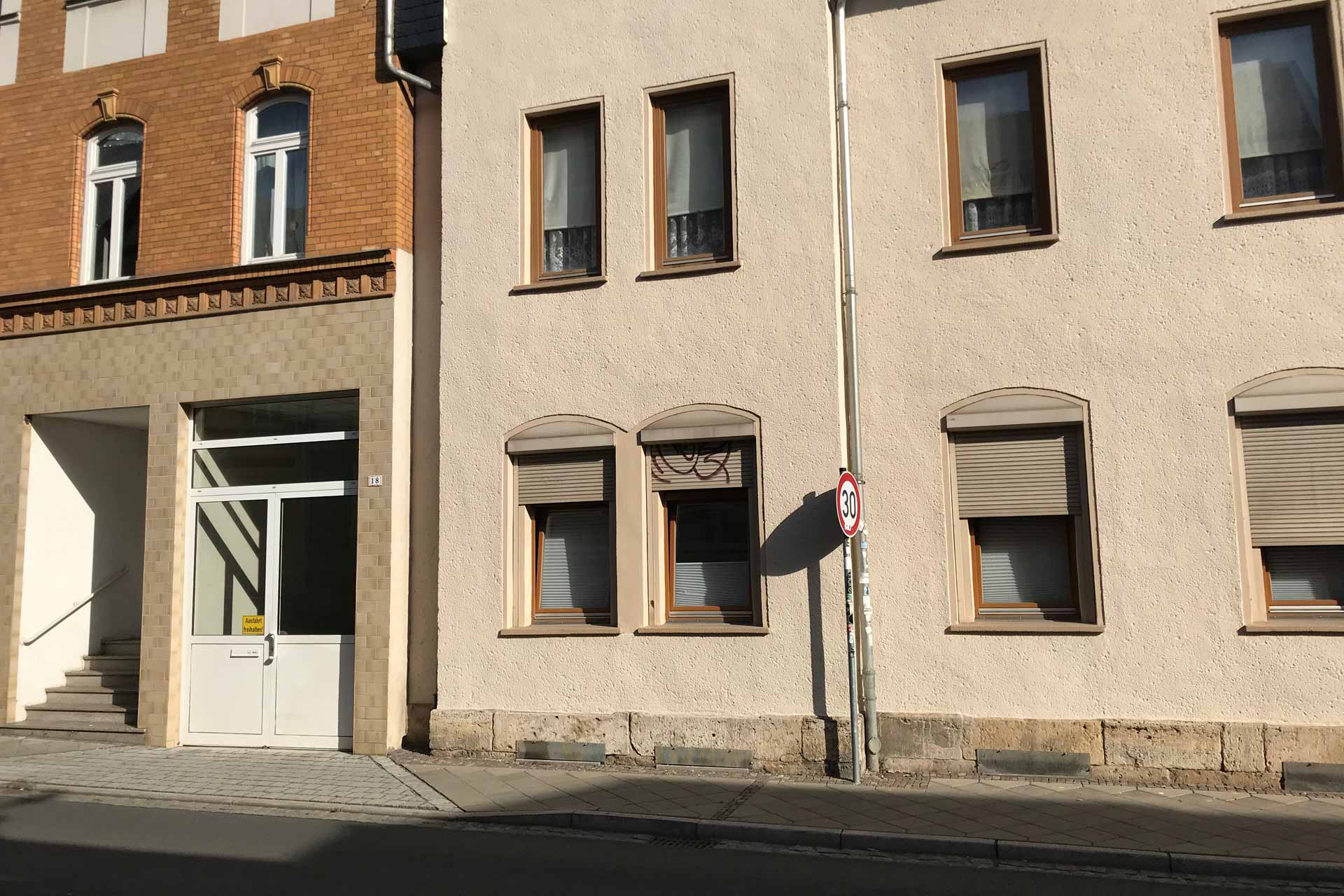 Lutherstraße 18